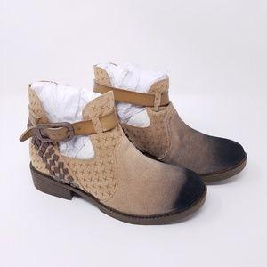 Blowfish Malibu Vegan Ankle Boots Ombre Tan Black